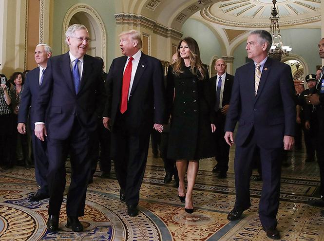 Фото №31 - Стиль Мелании Трамп: фэшн-привычки новой первой леди США