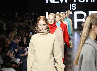 Фото №2 - Модель Эбби Ли для DKNY