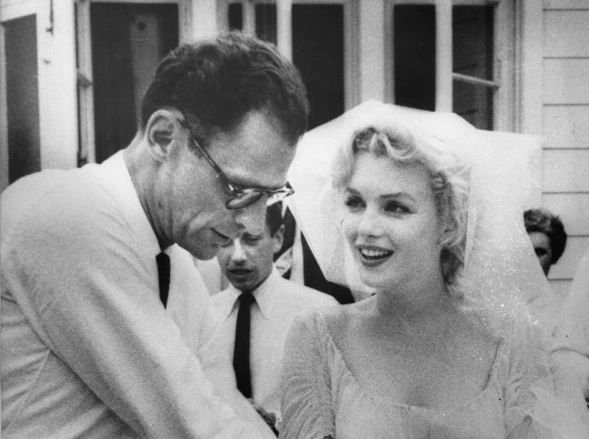 Фото №8 - Три свадьбы Мэрилин Монро: в чем выходила замуж главная блондинка Голливуда