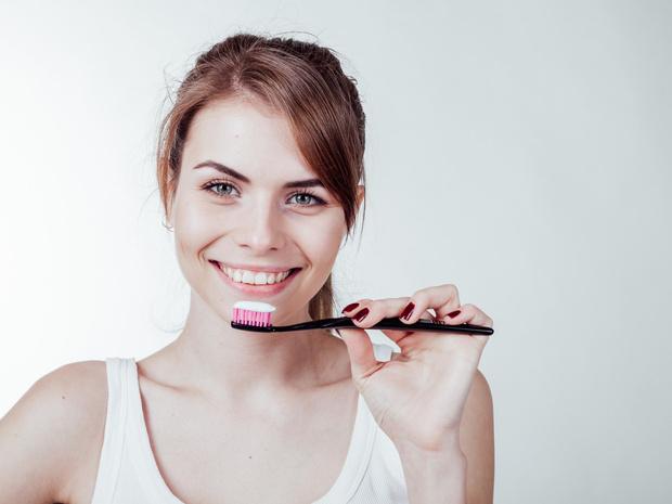 Фото №2 - Ночной дозор: что происходит с нашими зубами во время сна