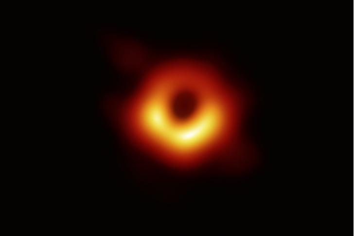 Фото №1 - Цифры: вселенские дыры
