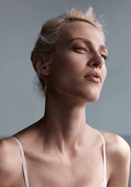 Фото №10 - Неподдельная женственность в новой рекламной кампании Oysho 16/17