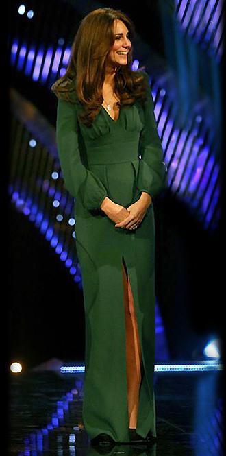 Фото №8 - В модном положении: две беременности герцогини Кембриджской (сравним?)