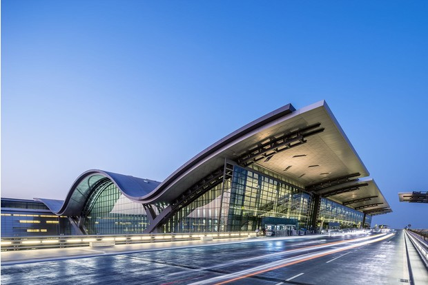 Фото №3 - 10 самых красивых аэропортов мира