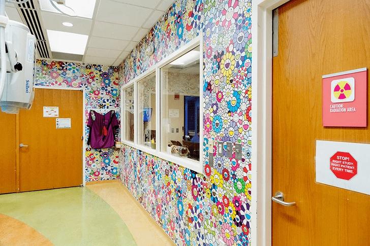 Фото №3 - Такаси Мураками украсил рисунками детскую больницу