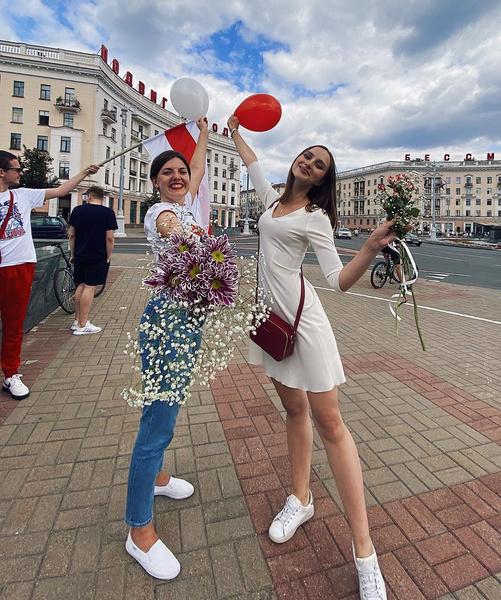 Фото №10 - Самый красивый протест в мире: истории белорусских женщин, восставших против ОМОНа