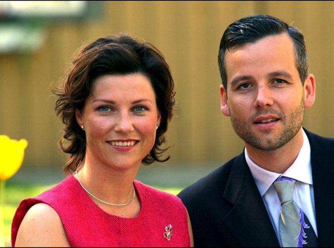 Фото №2 - Развод по-королевски: норвежская принцесса Марта-Луиза рассталась с мужем