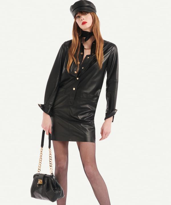 Этой весной носите ажурные чулки и кепи, как в новой коллекции Luisa Spagnoli