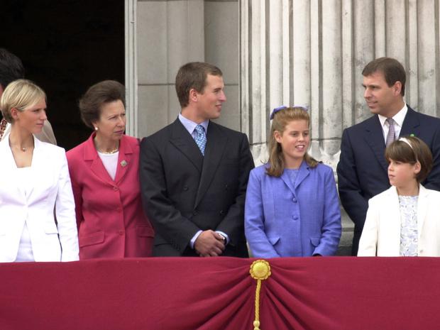 Фото №2 - Обделенные: почему не все внуки Королевы получили титулы принцев и принцесс