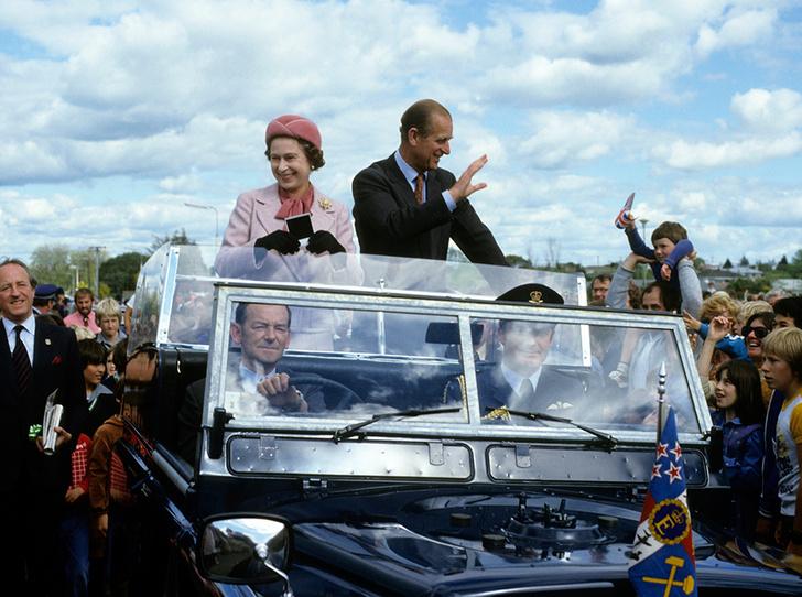 Фото №2 - Убить монарха: самые громкие покушения на британскую королевскую семью