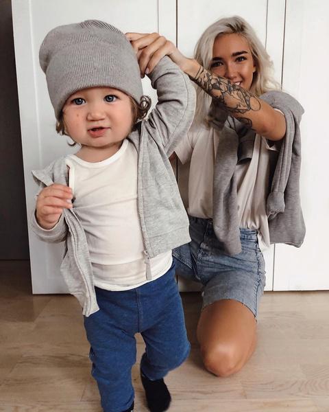 Фото №1 - Блогер Катя Мезенова потрясла снимком сына с родинкой на полтела