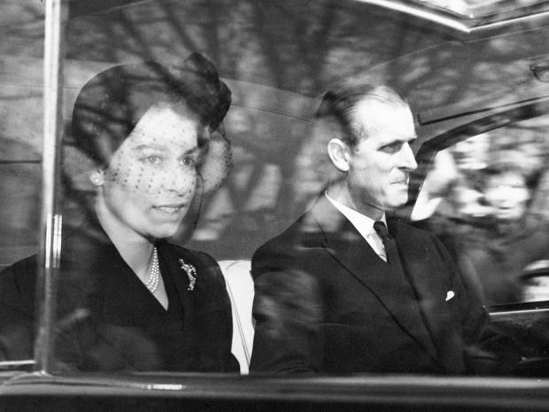 Фото №3 - Почему бабушка Елизаветы II считала, что принц Филипп будет плохим мужем