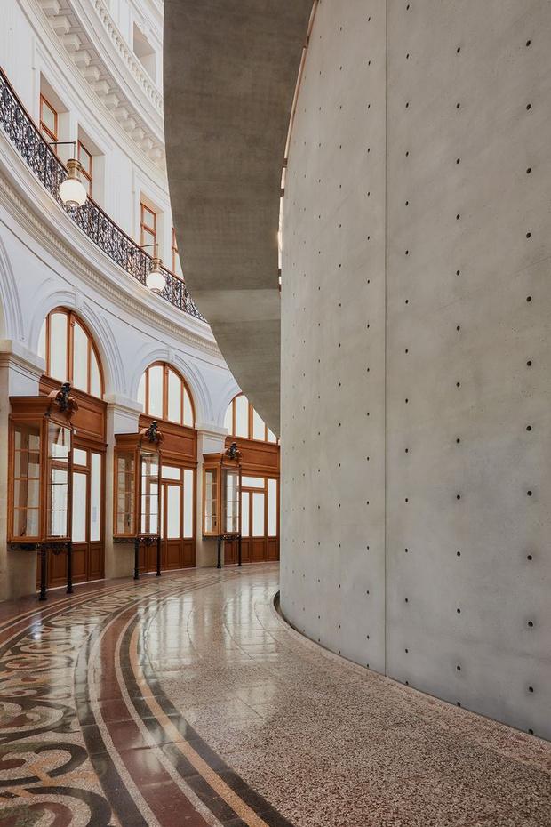 Фото №6 - В Париже открылся Музей Франсуа Пино по проекту Тадао Андо