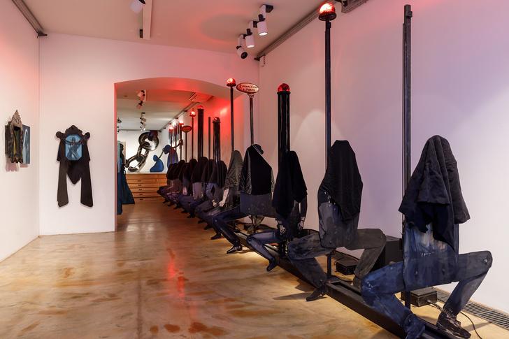 Фото №4 - Персональная выставка Шишкина-Хокусая в Marina Gisich Gallery