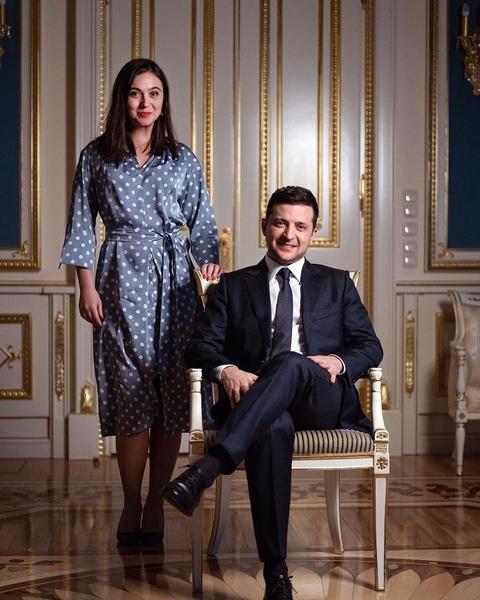 Фото №1 - Как выглядит пресс-секретарь Зеленского, которую подозревают в «нерабочих» отношениях с президентом