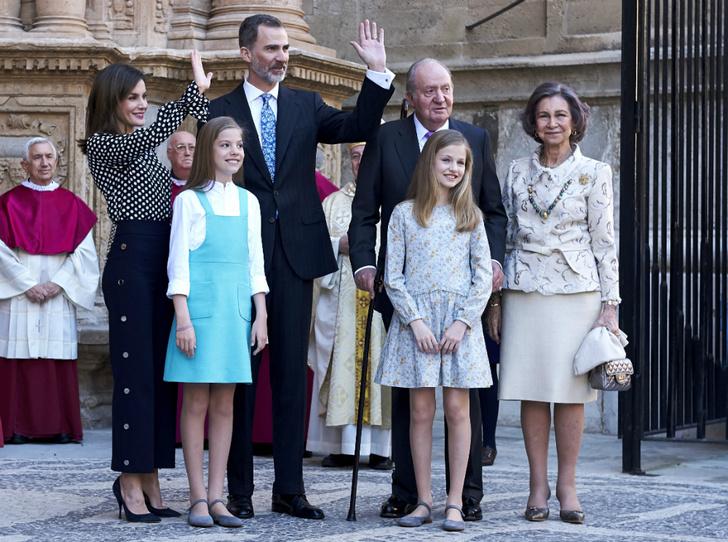 Фото №1 - Какой станет эта Пасха для королевы Летиции и королевы Софии