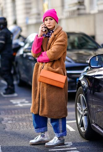 Фото №3 - Шапки, повязки, платки: лучшие головные уборы для зимы 2018