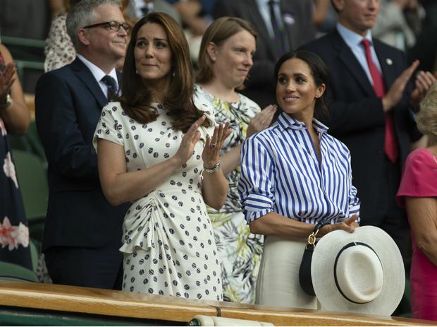 Фото №2 - Диана и Ферги Vs Меган и Кейт: «заклятые подруги» королевской семьи