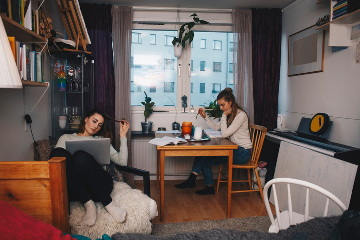 Фото №2 - Соседское соглашение, или как выжить с подругой на съемной квартире