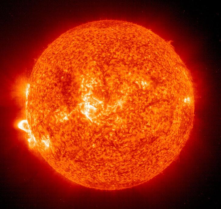 Фото №1 - В НАСА решили «прикоснуться» к Солнцу