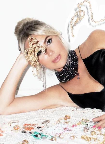 Фото №4 - Почему бижутерия— это дорого: рассказывает бизнес-леди и основательница бренда украшений Sexy Fish Jewelry Виктория Гилварг