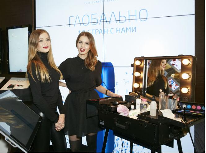 Фото №2 - IQOS отметил 1 год в России