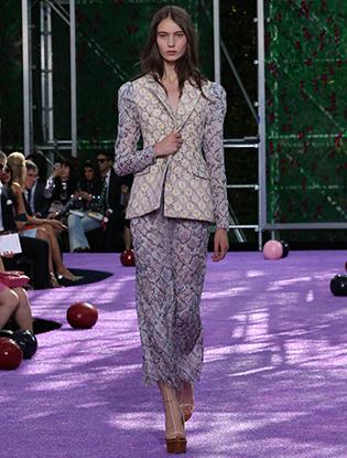Фото №44 - Неделя Высокой моды в Париже: Dior Couture AW2015/16