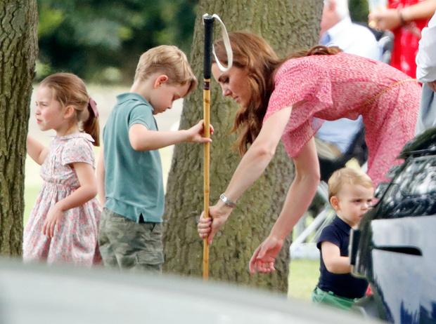 Фото №4 - Воспитание королей: что можно и что нельзя Джорджу, Шарлотте и Луи Кембриджским