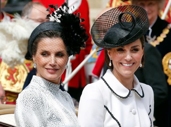Фото №1 - Герцогиню Кейт упрекнули в грубом общении с королевой Летицией