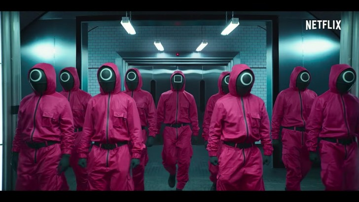 Фото №2 - Недетские игры: 3 причины посмотреть новую дораму от Netflix «Игра в кальмара»