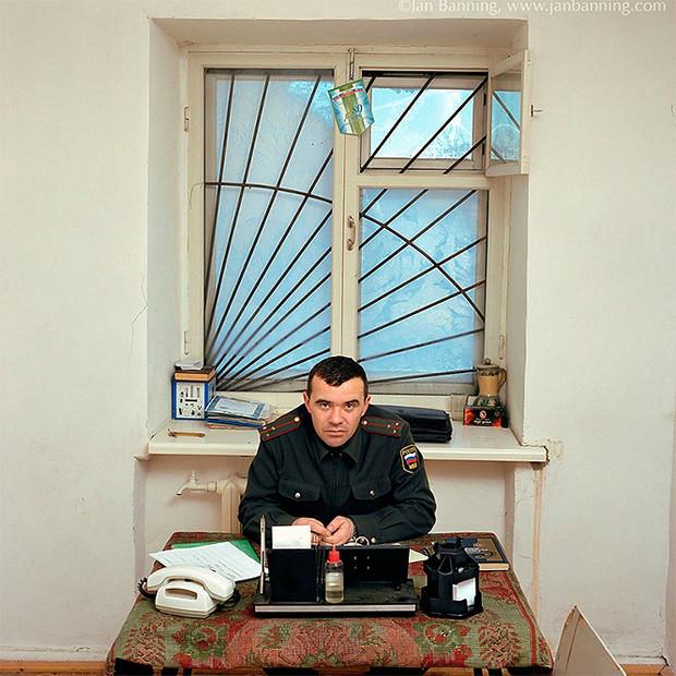 Фото №22 - Проходите, садитесь: кабинеты чиновников и служащих в разных странах