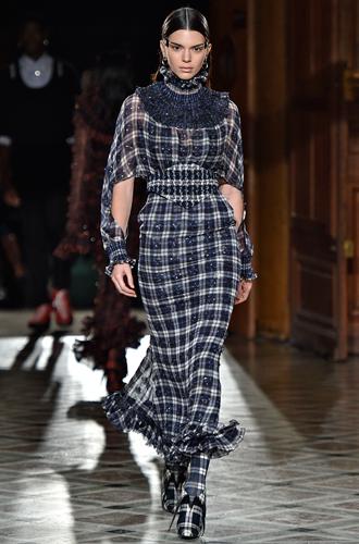 Фото №12 - 7 ключевых женских образов Недели haute couture SS17