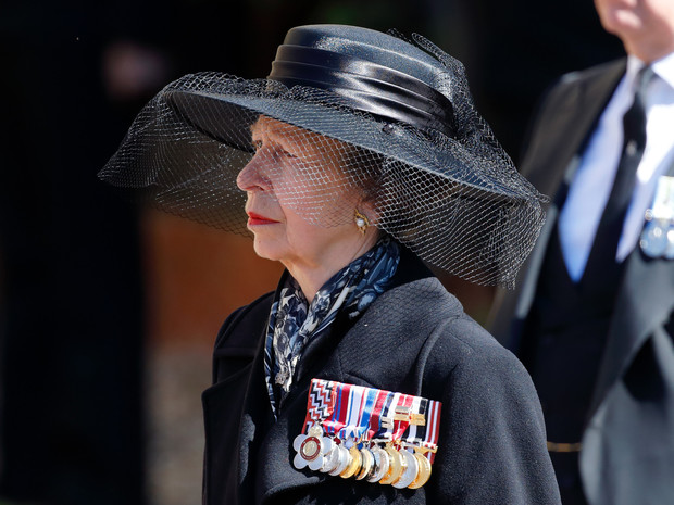 Фото №2 - Опальный принц: кто из Виндзоров отказался общаться с Гарри на похоронах