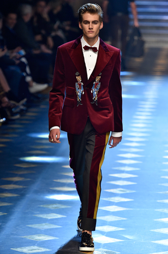 Фото №5 - Дети выросли: звездные отпрыски на показе Dolce & Gabbana в Милане