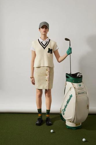 Фото №1 - Богги и броги: играйте в гольф и носите винтаж на майских праздниках