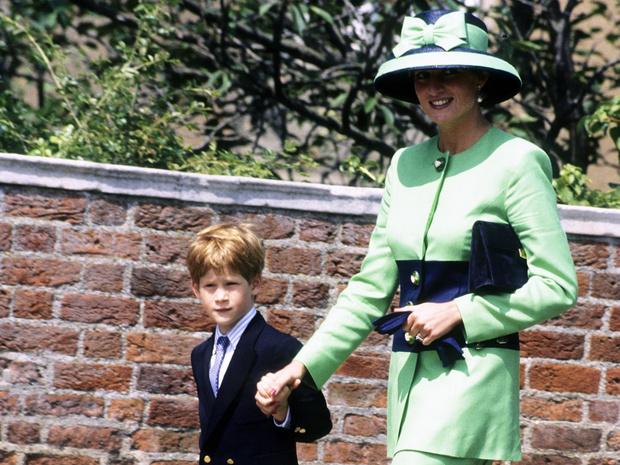 Фото №6 - Сын своей матери: 5 черт принцессы Дианы, которые унаследовал Гарри