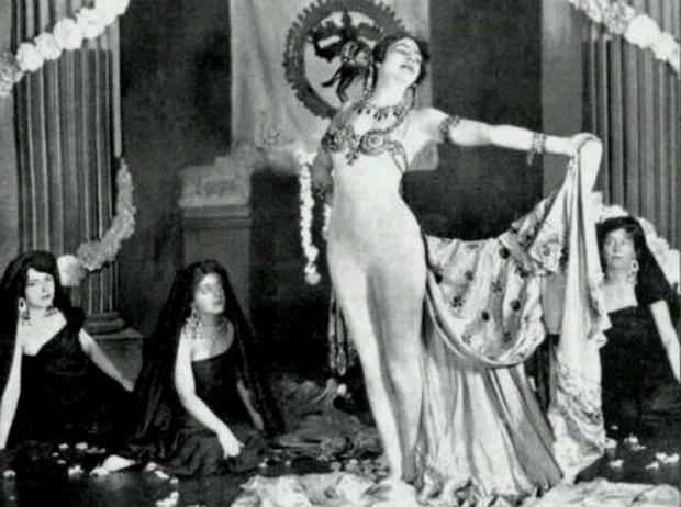 Фото №11 - Женщина-загадка: 5 настоящих причин «бессмертия» Маты Хари