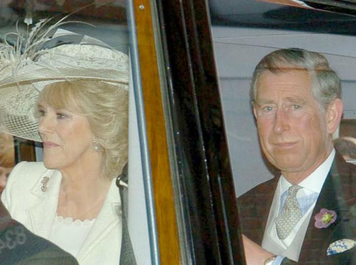 Фото №6 - Почему Королева не пришла на свадьбу принца Чарльза и Камиллы