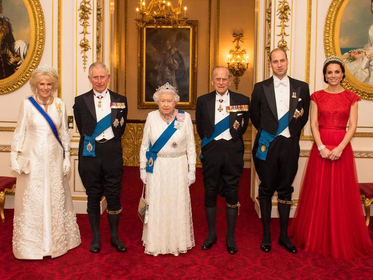 Фото №1 - Супруги Их Величеств: чем будущая роль Кейт отличается от положения Камиллы и принца Филиппа