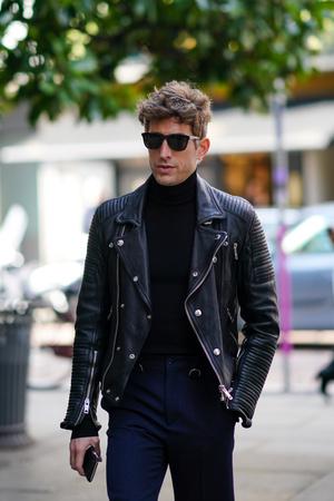 Фото №16 - Снимите немедленно: главные антитренды мужского гардероба