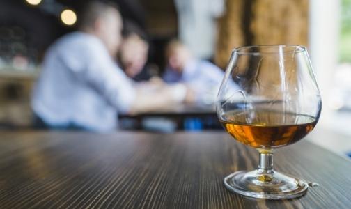 Фото №1 - ВОЗ назвала алкоголь главной причиной смертности в мире
