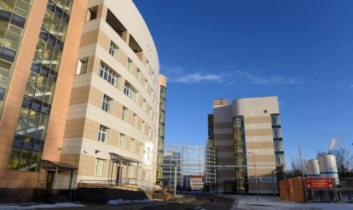 Фото №1 - Новая Боткинская больница - «мерседес» среди «жигулей», который не могут завести