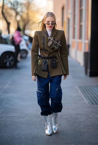 Фото №6 - Стальной блеск: как носить вещи в цвете металлик повседневно
