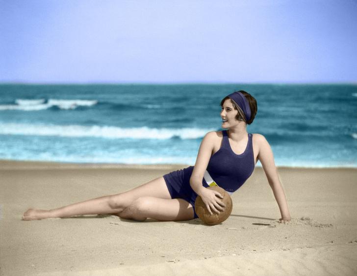 Фото №1 - 15 купальников, которые 100 лет назад считались развратными