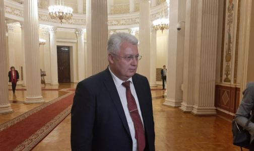 Фото №1 - Вице-губернатором Петербурга стал врач Олег Эргашев