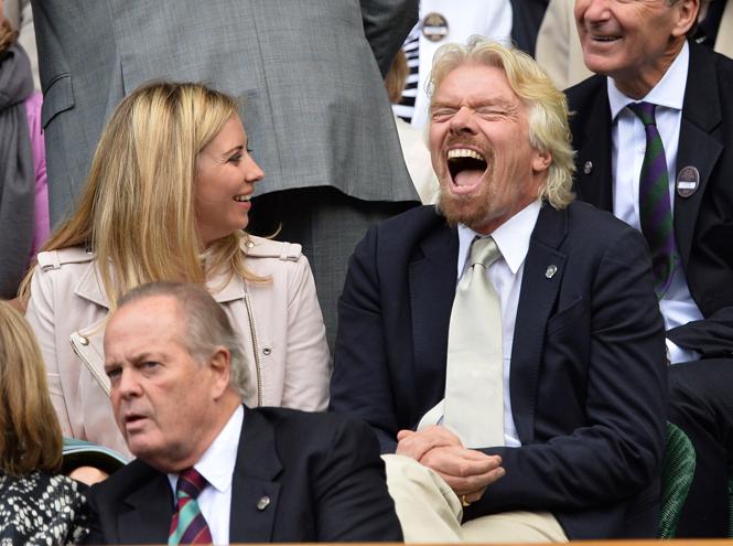 Фото №34 - И смех, и слезы: звезды на трибунах Уимблдона глазами фотографов