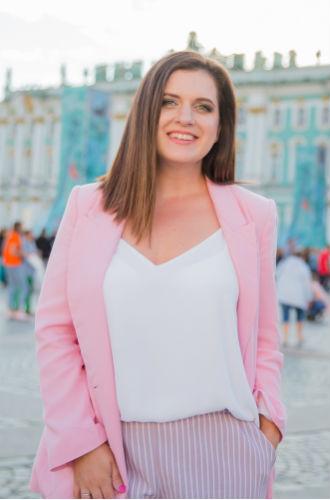 Фото №2 - Встречи с Ириной Безруковой, Алексеем Чадовым и другими звездами в проекте «Московское кино»