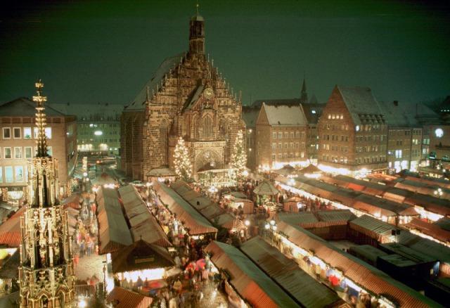 Фото №1 - Семь рождественских ярмарок в Европе, которые стоит посетить
