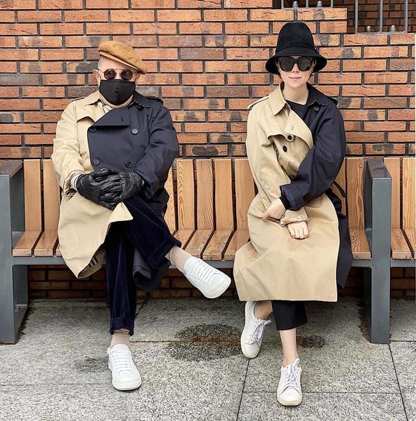 Фото №2 - Family look: Петросян и Брухунова гуляют в одинаковых нарядах