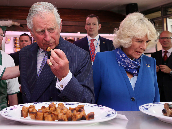 Фото №2 - Пищевые привычки принца Чарльза, которые порой сводят с ума его персонал